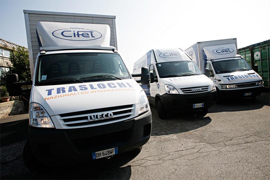 La flotta aziendale della Nuova Cifet Traslochi Nazionali ed Internazionali